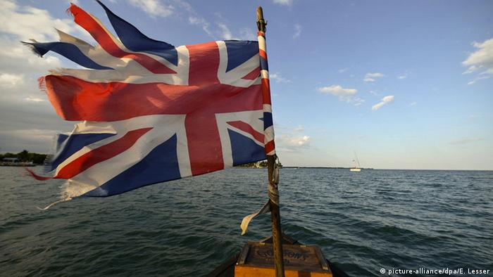 UK flag (photo: picture-alliance/dpa/E. Lesser)