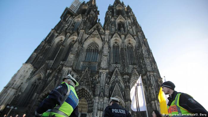 Köln kentinde geniş güvenlik önlemleri alındı