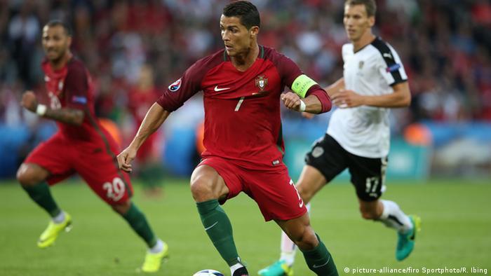 Frankreich Fußball-EM Portugal vs Österreich in Paris Ronaldo