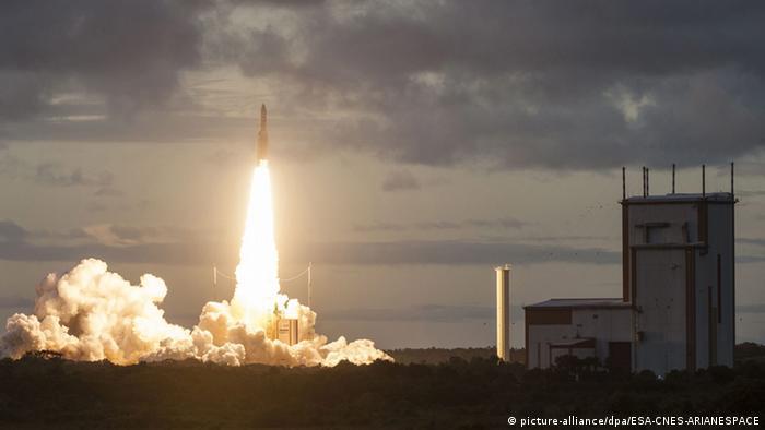 Brasil: Satélite de comunicação é lançado com sucesso