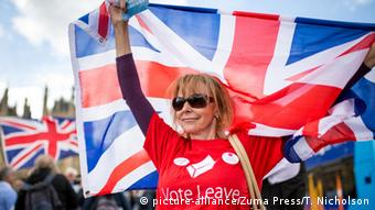 England London Brexit Frau mit Union Jack - Vote Leave