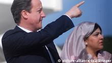 UK David Cameron mit Sayeeda Warsi