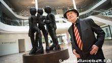 München Georg Baselitz Skulptur Schwesterngruppe