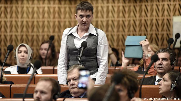 Надежда Савченко в первый день сессии ПАСЕ