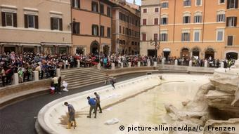 Italy Trevi Fountain in Rome, © picture-alliance/dpa/C. Frenzen