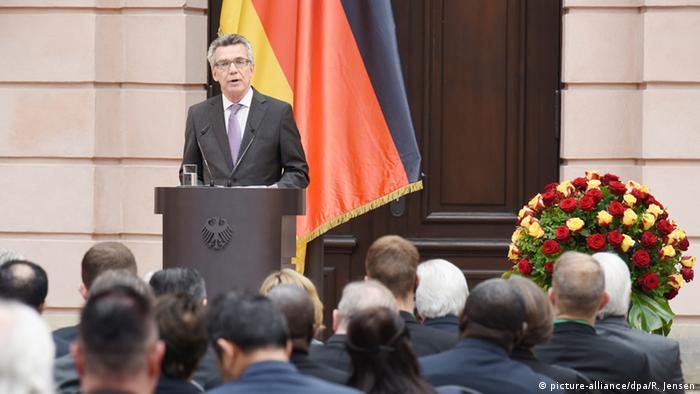 Deutschland Gedenktag für die Opfer von Flucht und Vertreibung - Thomas de Maizière