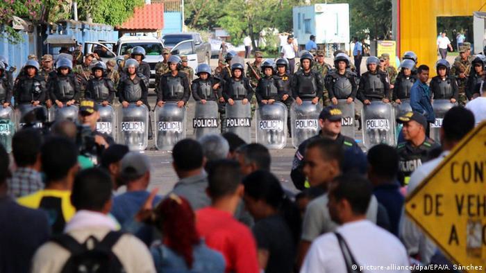 Costa Rica hunderte kubanische Flüchtlinge gestrandet
