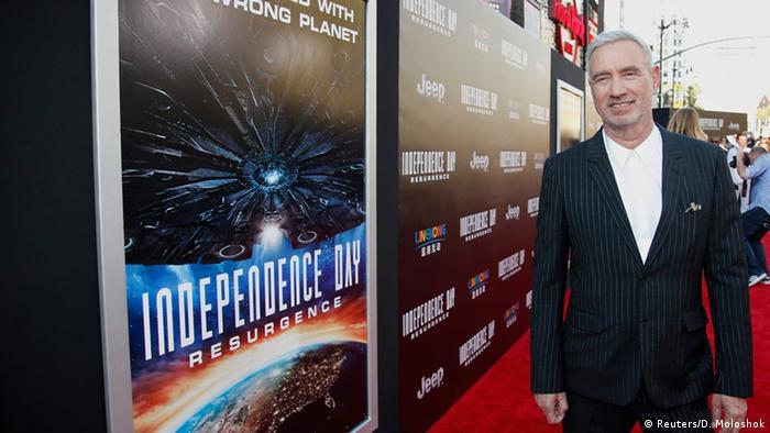 Regisseur Roland Emmerich bei Premiere von 'Independence Day (2) Resurgence' (Foto: Reuters/D. Moloshok)