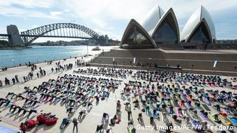 Australien Sydney Menschen machen Yoga