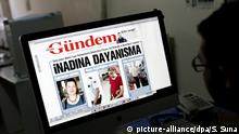 21.06.2016+++++++ Journalist at Ozgur Gundem newspaper prepare an edition for 22 June in Istanbul, Turkey, 21 June 2016. Erol Onderoglu, Three academics and journalists Ahmet Nesin and Sebnem Korur Fincanci were arrested and charged with promoting terrorism after being editor in cheif of Ozgur Gundem Newspaper for one day to support the newspaper. According to media reports on 21 June 2016, Erol Onderoglu, along with journalist Ahmet Nesin and academic Sebnem Korur Fincanci, was placed under pretrial arrest by a Turkish court over charges of spreading 'terrorist propaganda.' The RSF commented on the arrest as 'an unbelievable low' for press freedom in Turkey, media quoted as saying. (c) picture-alliance/dpa/S. Suna
