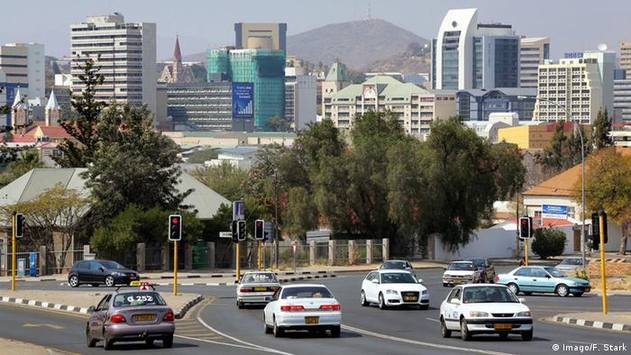 Namibia Windhoek Stadtansicht (Imago/F. Stark)