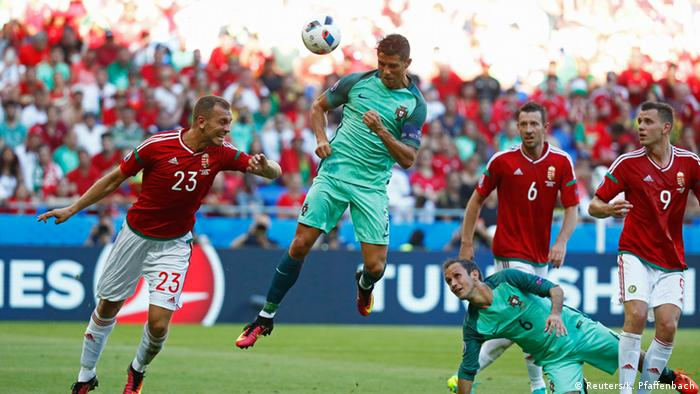 Euro 2016 Portugal Hungary Iceland All Qualify From Group F Sports German Football And Major International Sports News Dw 22 06 2016