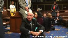 USA Protest Abgeordnete der Demokraten Verschärfung des Waffenrechts