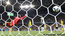 22.06.2016 +++++ Football Soccer - Sweden v Belgium - EURO 2016 - Group E - Allianz Riviera - Nice, France - 22/6/16 Belgium's Radja Nainggolan scores a goal REUTERS/Eric Gaillard (c) Reuters/E. Gaillard