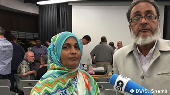 Saeeda Khatoon (L) and Abdul Aziz, affectees of the Karachi garments factory fire in 2012, are in Germany to file a case against KiK company (Photo: DW/S. Shams)