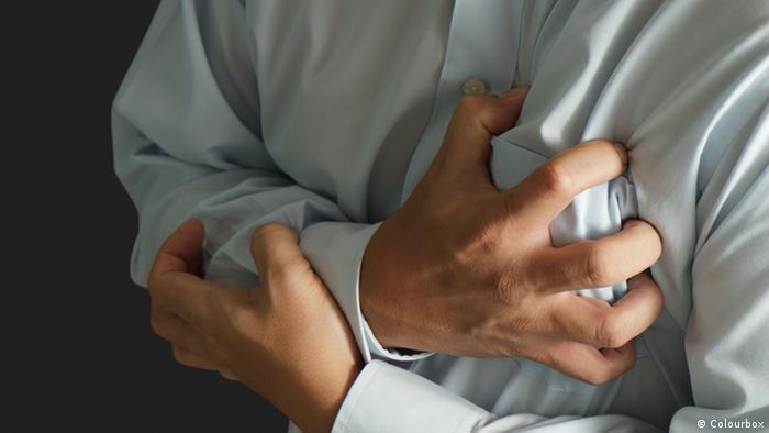 Herzanfall Herzinfarkt (Colourbox)