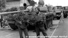 Slowenien Soldaten mit erbeutetem jugoslawischem Panzer