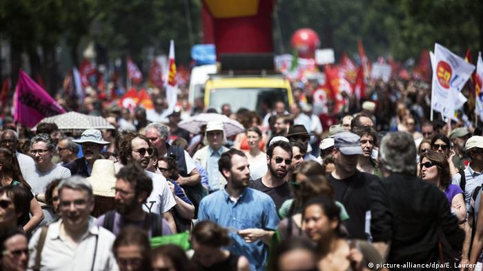 Protesters rallying against labor reform in Paris