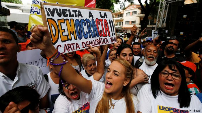 Venezuela Protest in Caracas, Lilian Tintori - Sitzung Organisation Amerikanischer Staaten