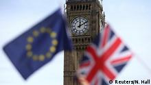 19.06.2016 FILE PHOTO - Participants hold a British Union flag and an EU flag during a pro-EU referendum event at Parliament Square in London, Britain June 19, 2016. REUTERS/Neil Hall/File Photo TPX IMAGES OF THE DAY Copyright: Reuters/N. Hall