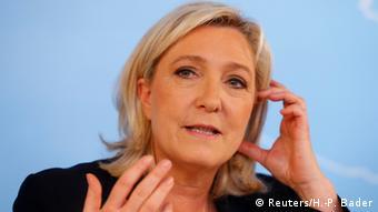 Brexit Reaktionen Archivbild Marine Le Pen