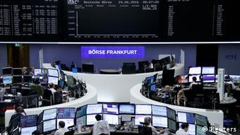 Εξαιτίας των ιστορικά χαμηλών επιτοκίων για τραπεζικές καταθέσεις ολοένα περισσότεροι Γερμανοί τολμούν να επενδύσουν στο χρηματιστήριο