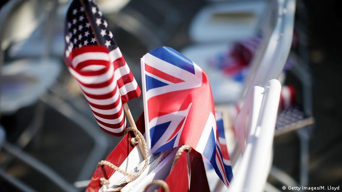 Britische und Amerikanische Flagge