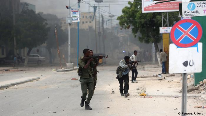 Somalia Selbstmordanschlag auf Nasahablood Hotel in Mogadischu