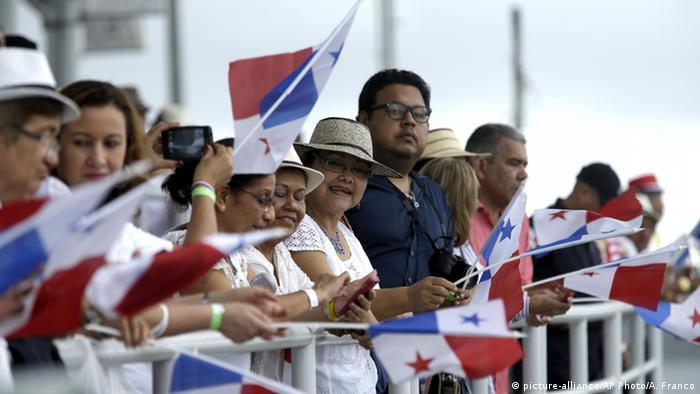 Feier Erweiterung des Panamakanals für Riesenfrachter