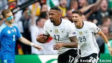 UEFA EURO 2016 - Achtelfinale | Deutschland vs. Slowakei 1. Tor Boateng feiert