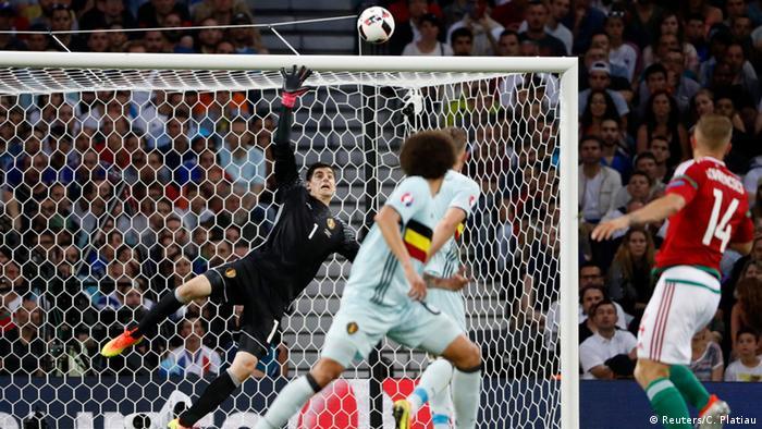 UEFA EURO 2016 - Achtelfinale   Ungarn vs. Belgien   Torchance Ungarn