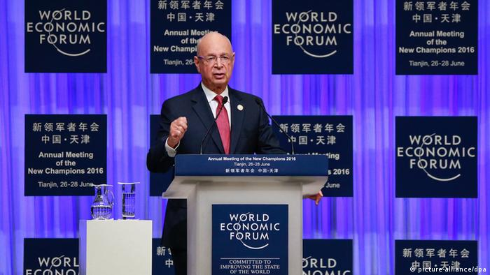 Tianjin China Weltwirtschaftsforum World Economic Forum Klaus Schwab (picture-alliance/dpa)
