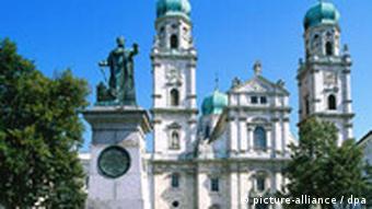 Passau Blick auf den Stephansdom