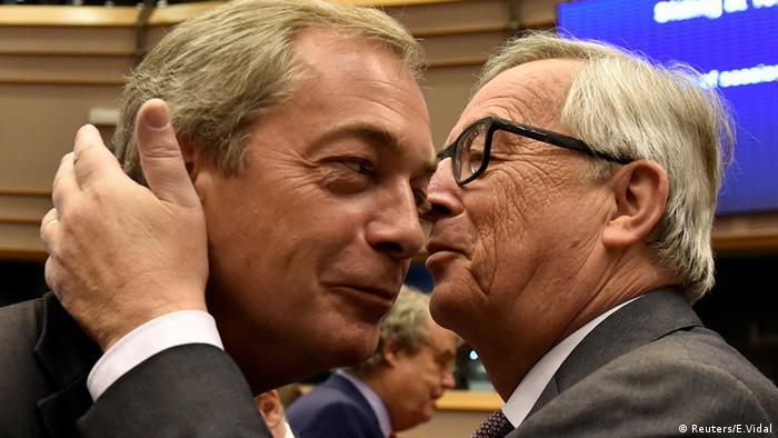 Jean-Claude Juncker und Nigel Farage EU Parlament Brüssel