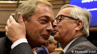 Глава UKIP Найджел Фараж и председатель Еврокомиссии Жан-Клод Юнкер
