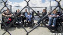 Deutschland Protest gegen Bundesteilhabegesetz in Berlin
