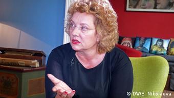Regina von Flemming gestures during a DW Interview