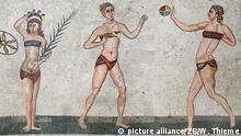 Bikini Mode Mosaik auf Sizilien
