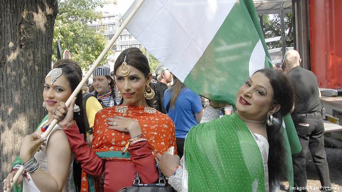 Pakistansiche Transgenders beim Pride-Festival (Foto: Imago/Dean Pictures)