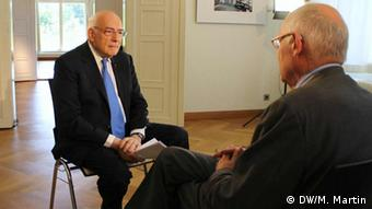 Deutschland Günter Verheugen bei Conflict Zone
