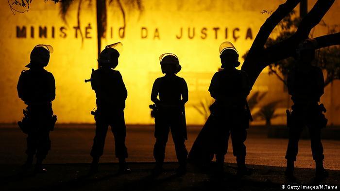Brasilien Polizei Silhouette