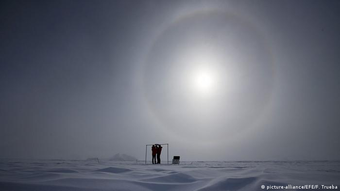 Scientists at the Glaciar Union camp in Antarctica as they measure the solar radiation in November 2015