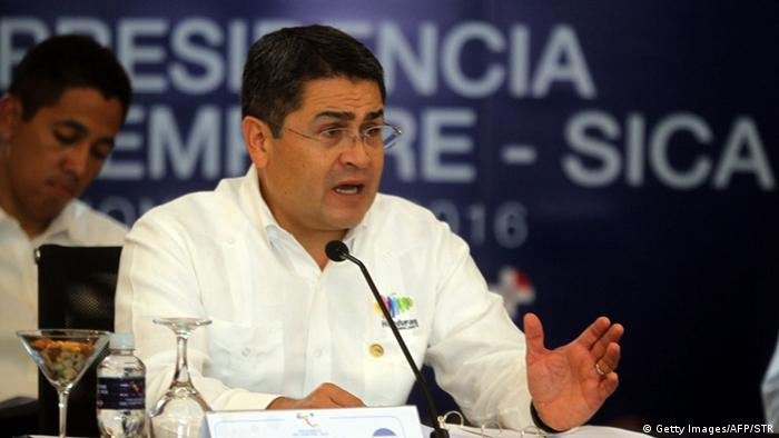 Honduras SICA Gipfel Integration Juan Orlando Hernandez (Getty Images/AFP/STR)