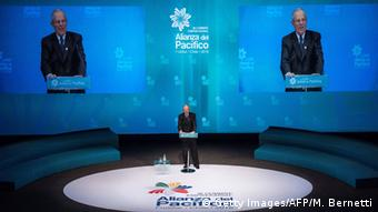 Pedro Pablo Kuczynski at the Pacific Alliance meeting