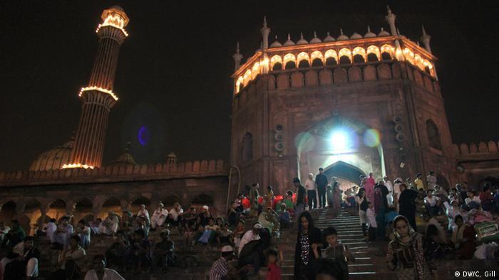 Indien Ramadan-Feier in Alt Delhi Freitagsmoschee