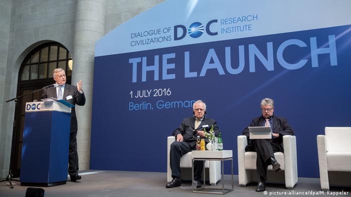 Berlin Gründungsveranstaltung des Instituts Dialog der Zivilisationen Wladimir Jakunin
