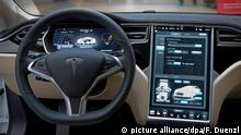 USA Tesla Autopilot (picture alliance/dpa/F. Duenzl)
