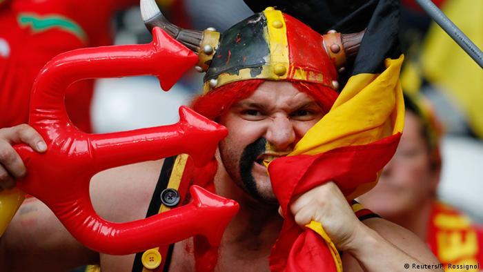 Frankreich Euro 2016 Wales gegen Belgien Fans (Reuters/P. Rossignol)