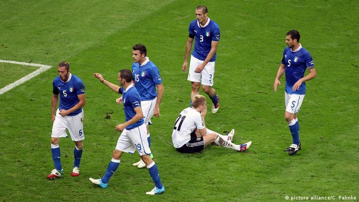 Fußball UEFA EURO 2012 Italien - Deutschland Niederlage Joachim Löw