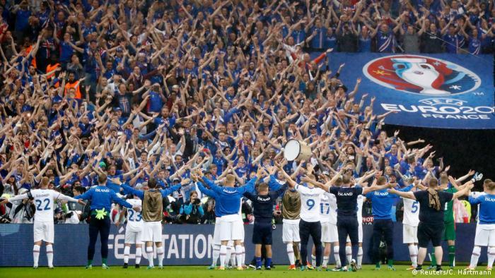 UEFA EURO 2016 - Viertelfinale | Frankreich vs. Island - Isländische Fans & Spieler